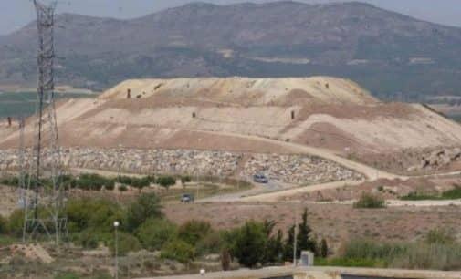 El PSOE insiste en el deterioro de la planta de Vaersa y la falta de inversión