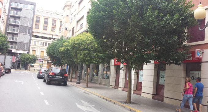 El gobierno de Los Verdes mejorará las luminarias de la calle Corredera a propuesta del PP