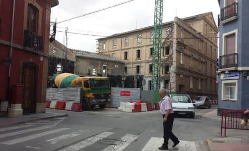 Villena invertirá 6.800 € en el repintado de los pasos de peatones