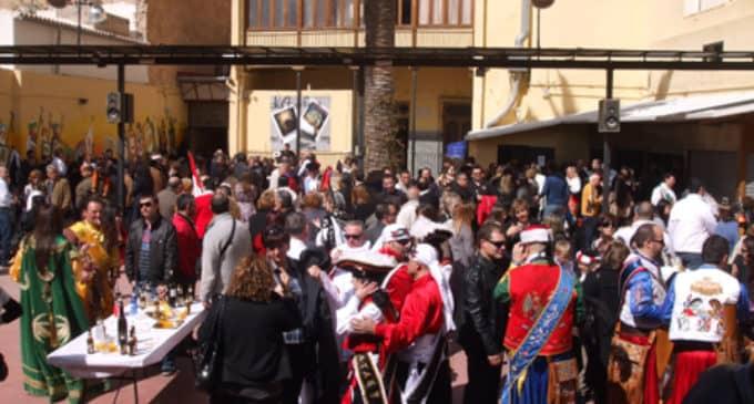 El Ayuntamiento autoriza a la JCF a ampliar el horario de cierre del patio de la Casa del Festero