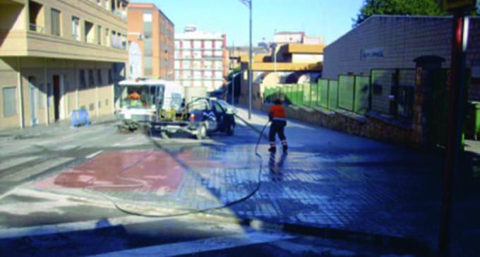 El gobierno de Los Verdes prevé municipalizar el servicio de limpieza a finales de mes