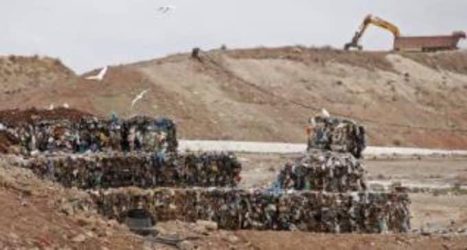 La planta de residuos de Vaersa  supera los límites de emisión de monóxido de carbono en Villena