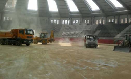 El PSOE denuncia la ausencia de presupuesto para la pista deportiva en la plaza de toros