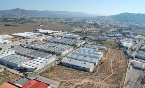 La edil de Desarrollo insiste en que se invertirá 1 millón de euros en polígono El Rubial