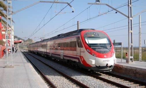 El PP pide que se adecuen los autobuses que conectan la parada de tren con la Universidad de Alicante