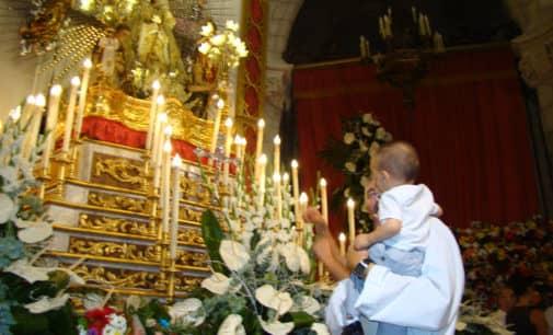 La Junta de la Virgen inicia la restauración del trono de la Patrona