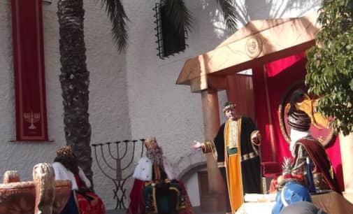 Adoración Reyes Magos en las Virtudes 6-1-2015