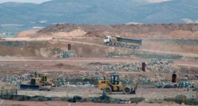 Villena paga 65.000 euros más por enterrar las basuras