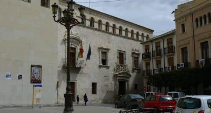 Verdes y PSOE se concentran hoy viernes en la plaza de Santiago en apoyo al Fondo Autonómico de Cooperación Local