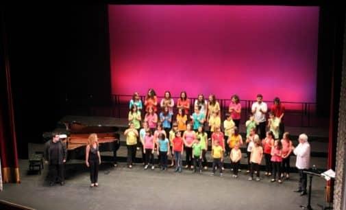 Los Coros infantil y Juvenil de la Coral Ambrosio Cotes  retoman los ensayos
