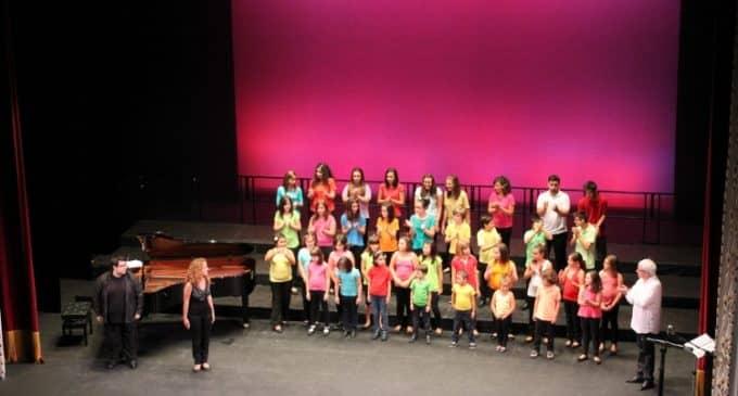 Comienzan los ensayos de los coros infantiles de la Coral Ambrosio Cotes