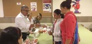 Cruz Roja celebra el Día de la Banderita en la Feria de Muestras