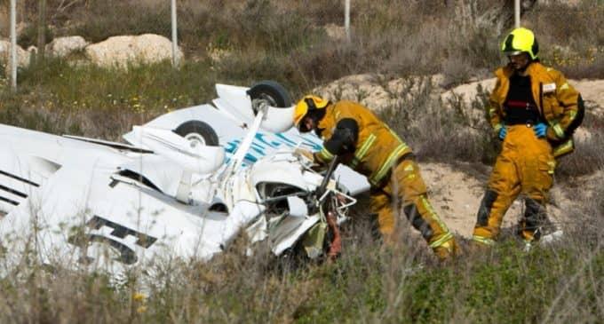 Fallecen dos personas al estrellarse su avioneta en Mutxamel