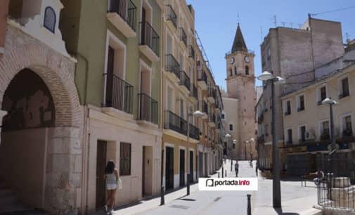 La torre de Santa María se viste de rojo por el ELA