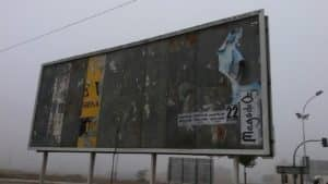 Valla publicitaria en Villena