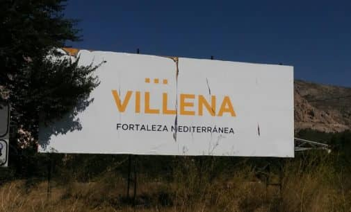 El PSOE pide mejorar el estado de las vallas publicitarias de Villena