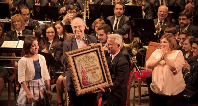 La Banda Municipal de Música nombra a Pedro Martínez López «Músico de honor»