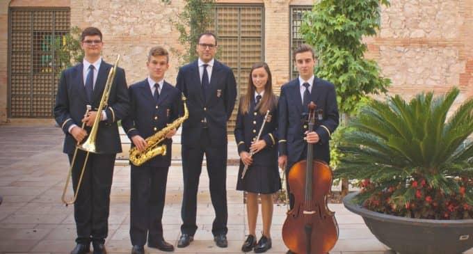 La Banda Municipal de Música de Villena inicia los actos de Santa Cecilia con la recogida de nuevos educandos