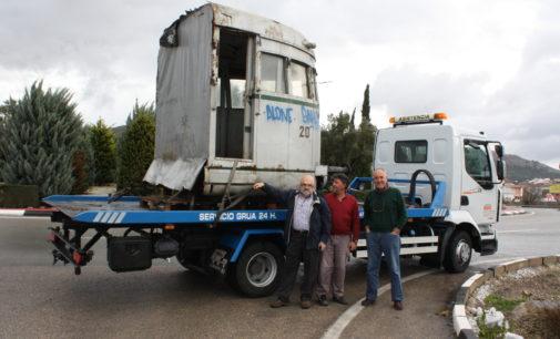 Regresa a Villena parte de un autovía de «El Chicharra»