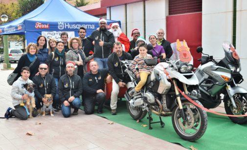 Moto Club Villena organiza las III Navidad Solidaria en el Mercado