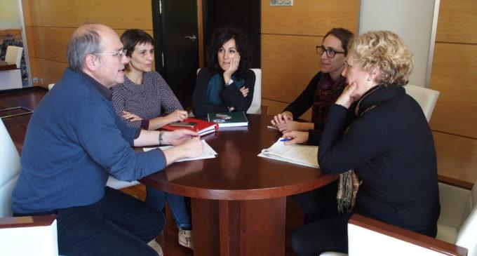 Villena reclama a la diputada autonómica Cristina Rodríguez el acceso de la A-31 a la estación AVE