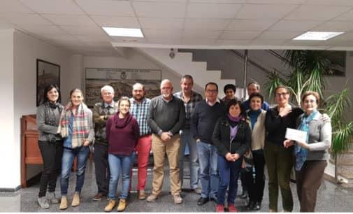 La comunidad de Regantes de la Huerta y Partidas hace entrega de donativos a Apac, Alzheimer, Caritas, Apadis y Sanamente-Afepvi