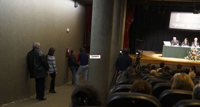 Las obras del salón de actos de la Casa de Cultura, «una chapuza por acabar», según el PP