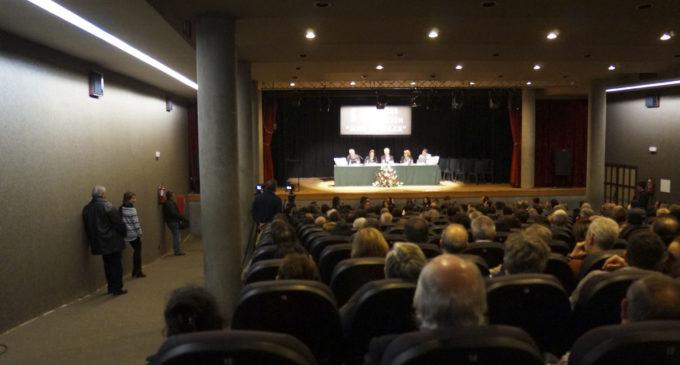 Subvención para reformar el escenario del salón de actos de la Casa de Cultura