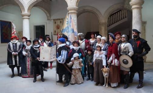 Villena celebra sus 492 años como ciudad con una recreación histórica