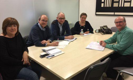 El gobierno municipal estudia con el director de Vaersa mejoras en la planta de tratamiento