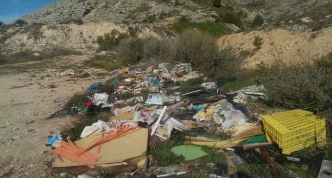 El PSOE denuncia un nuevo vertido incontrolado en la Sierra de la Villa