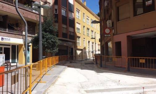 Vecinos de Maestro Carava piden al Ayuntamiento que abone las tasas del vado