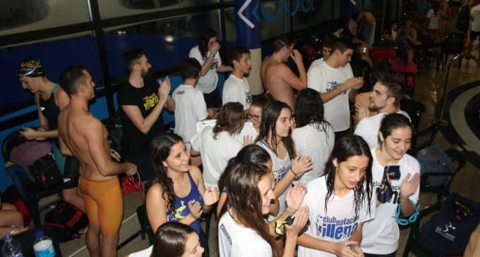 El Club Natación de Villena logra sus objetivos en Petrer