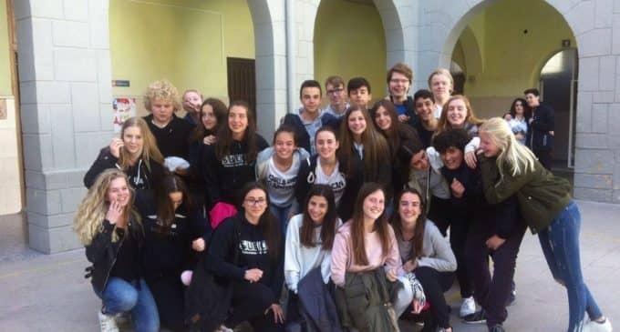 Amistad, convivencia y aprendizaje entre el colegio Salesiano y el IES sueco Varlaskolan