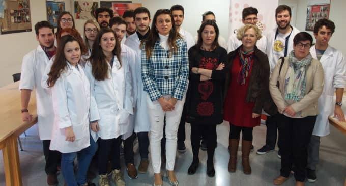 La Sede Universitaria de Villena acerca la ciencia a los escolares