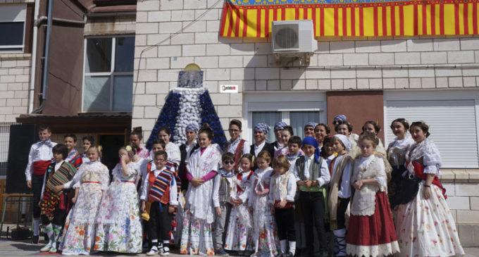 El colegio La Encarnación de Villena se sumerge en las fallas