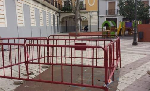 Los Verdes acometerán la remodelación de la Plaza las Malvas con el superávit de 2016