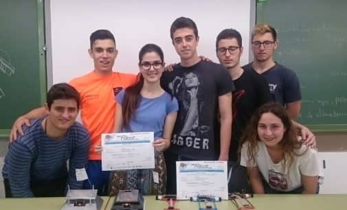 El equipo @roboluti_ON del IES Hermanos Amorós obtiene un histórico resultado en el DESAFÍO ROBOT 17