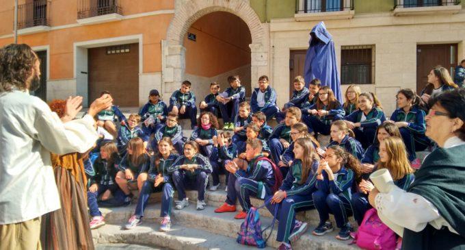 Más de 300 escolares participan en las visitas teatralizadas al Casco Histórico