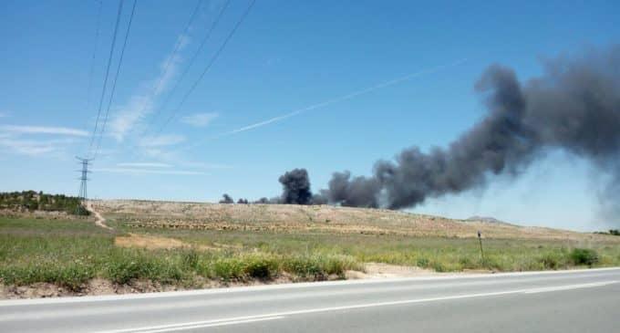 Arden miles de colchones en la planta de residuos