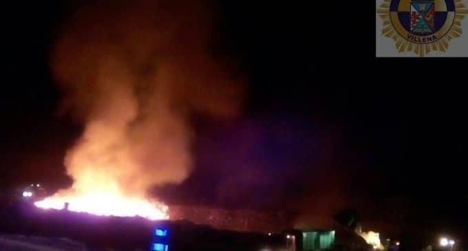 Incendio en uno de los vasos de la planta de reciclaje