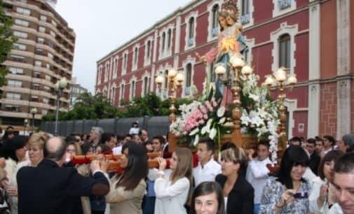 María Auxiliadora, centra las actividades del mes de mayo en el colegio Salesiano