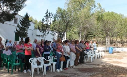 La asociación de colonos de Sierra de Salinas organiza un día de convivencia