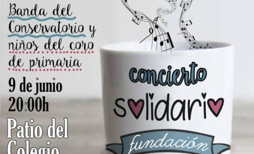 Concierto solidario en el patio del colegio Salesiano a beneficio de la Fundación Ángel Tomás