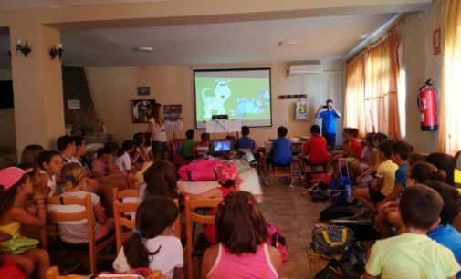 Talleres educativos el en Club de Tenis Villena dentro del Plan de Gestión Integral de Colonias Felinas