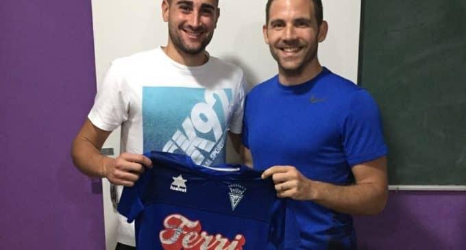 El Villena CF renueva a nueve jugadores para la temporada