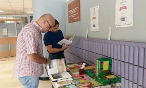 El Departamento de Salud de Elda pone en marcha el proyecto 'El libro viajero te acompaña a mundos por descubrir'