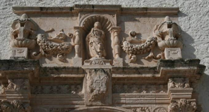 Restauran la talla de la Virgen más antigua que se conserva en Villena