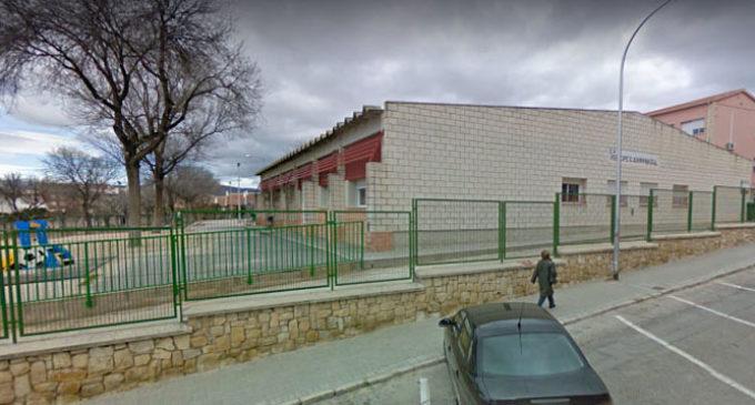 Se desploma una placa de cemento en los baños de Primaria del colegio Príncipe