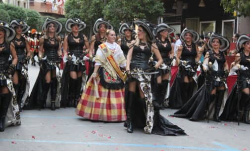Aumenta un 20% los turistas en las fiestas de Moros y Cristianos